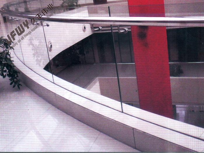 不锈钢玻璃栏杆-04