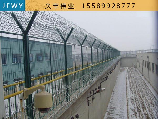 丝网护栏JFWY-06